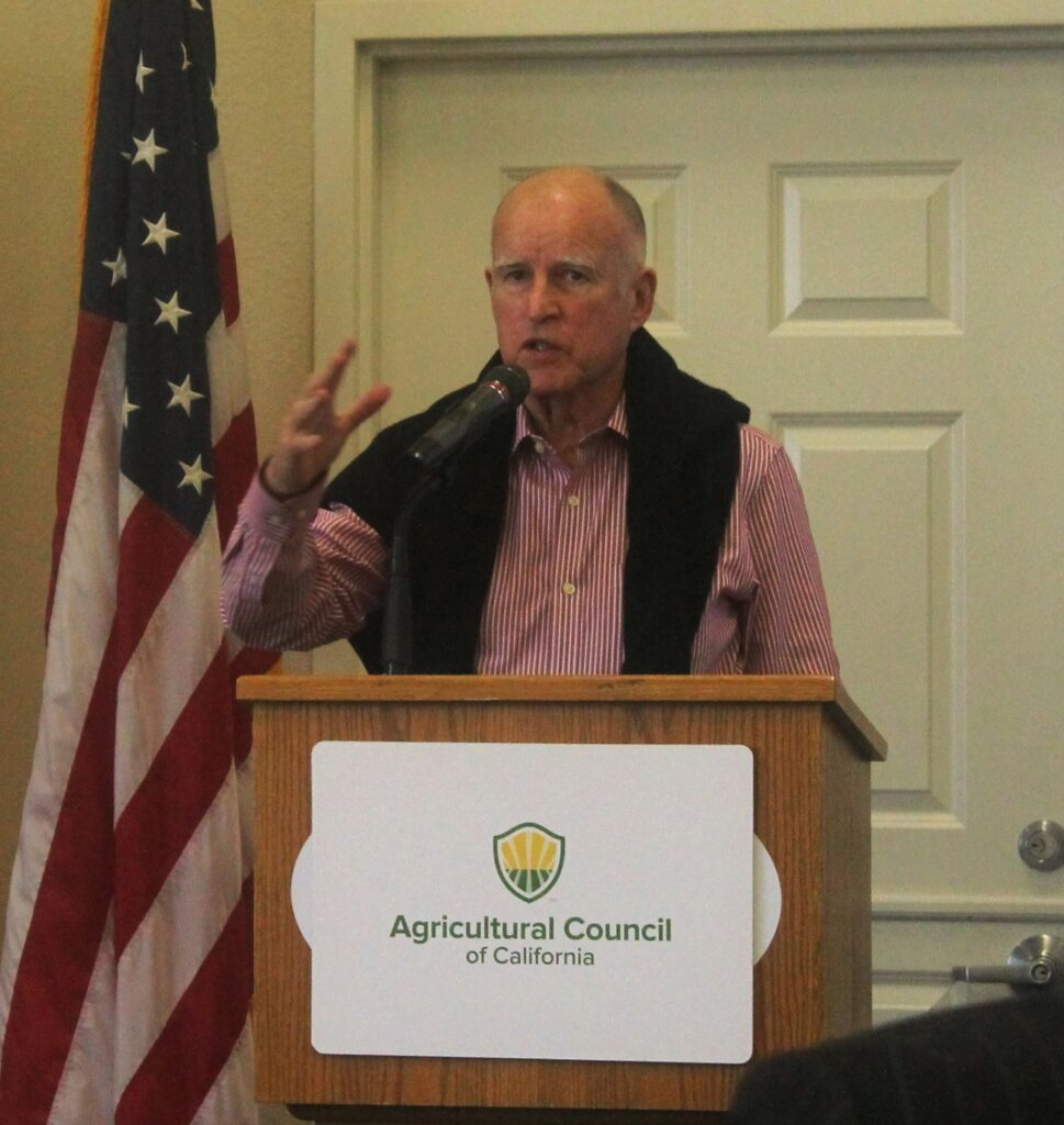 Gov. Jerry Brown addresses Ag Council members at the World Ag Expo breakfast.