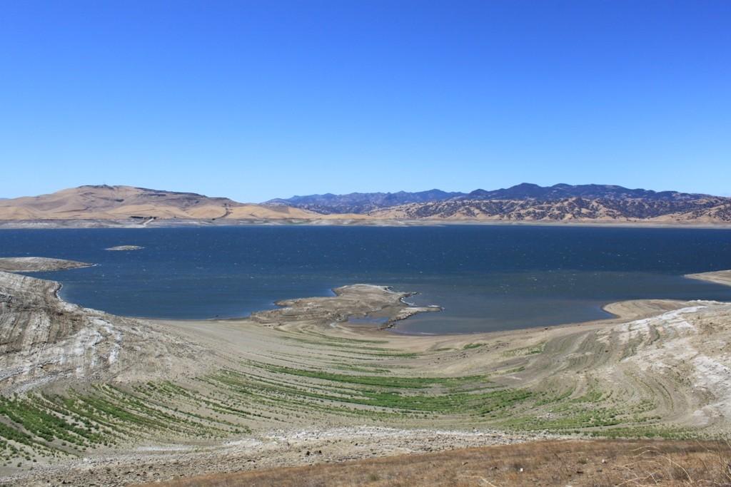 San Luis Reservoir-photo from mavensnotebook.com